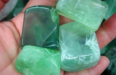 Зеленый (мятниый) кварц