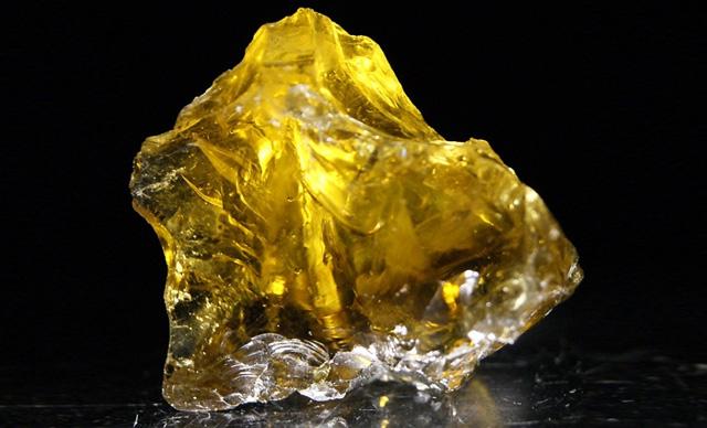 Желтый гелиодор