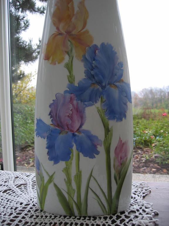 Iris sur un vase selon la méthode américaine
