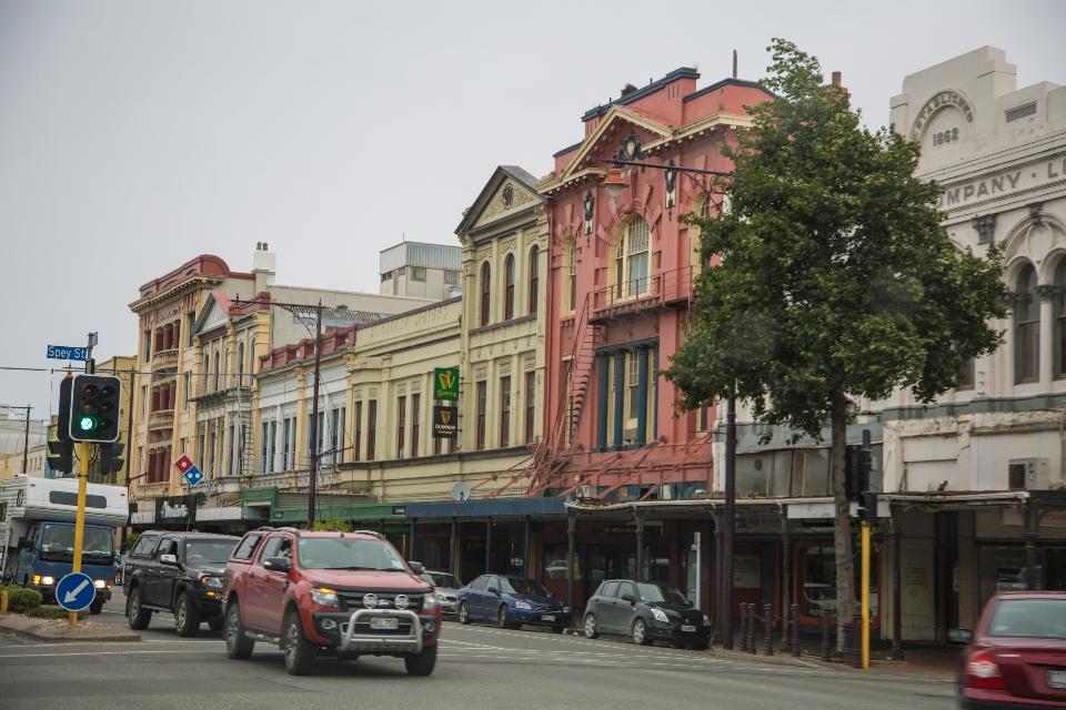 Unterwegs ein paar Städte, wo einige Häuserblöcke Wildwestfeeling verströmten.
