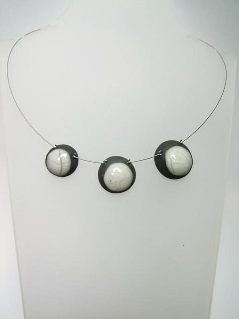 Voir collier réversible en céramique reversible