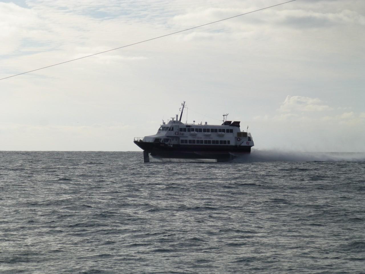 1月13日釜山港行きの高速艇