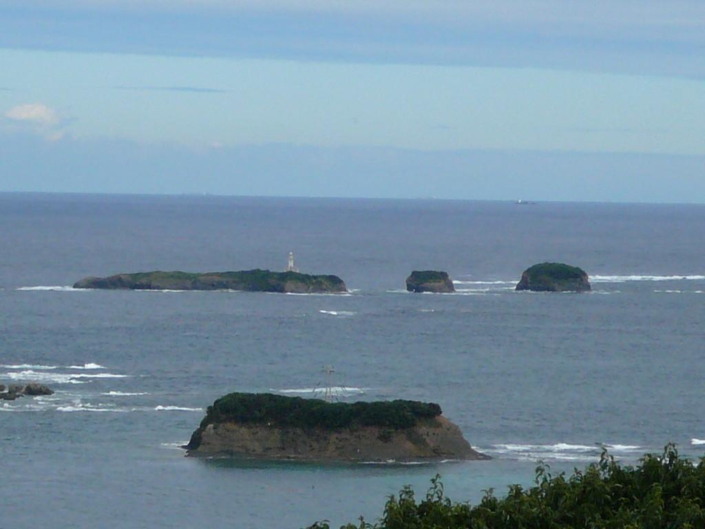 対馬最北端 三ッ島灯台 ここから国境の彼方まで 超一級のポイント