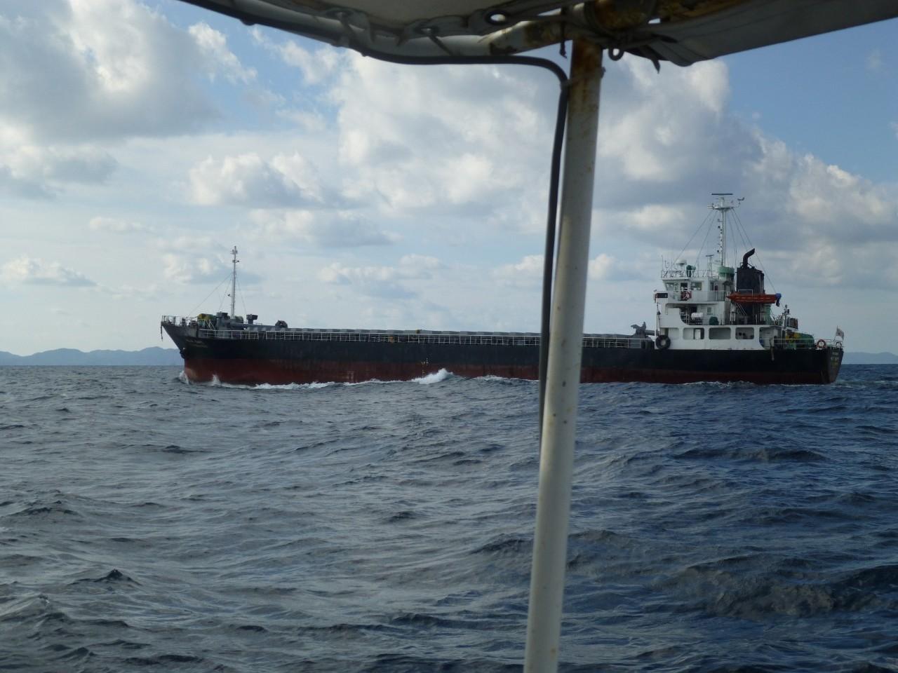 9月21日今日は近くを韓国の貨物船通過します
