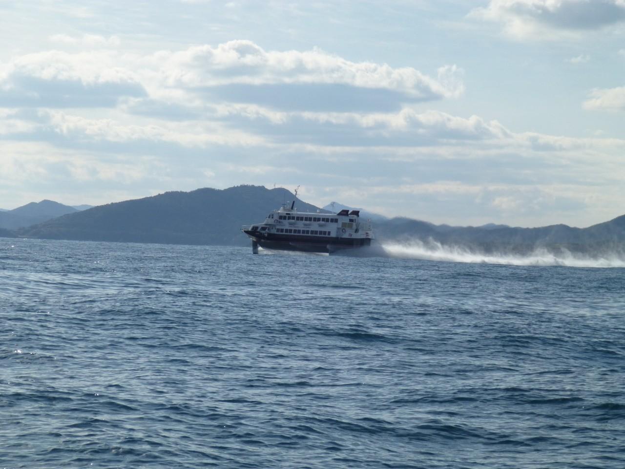 12月27日今日は釣果悪いので早めに帰港へ 高速艇博多行き