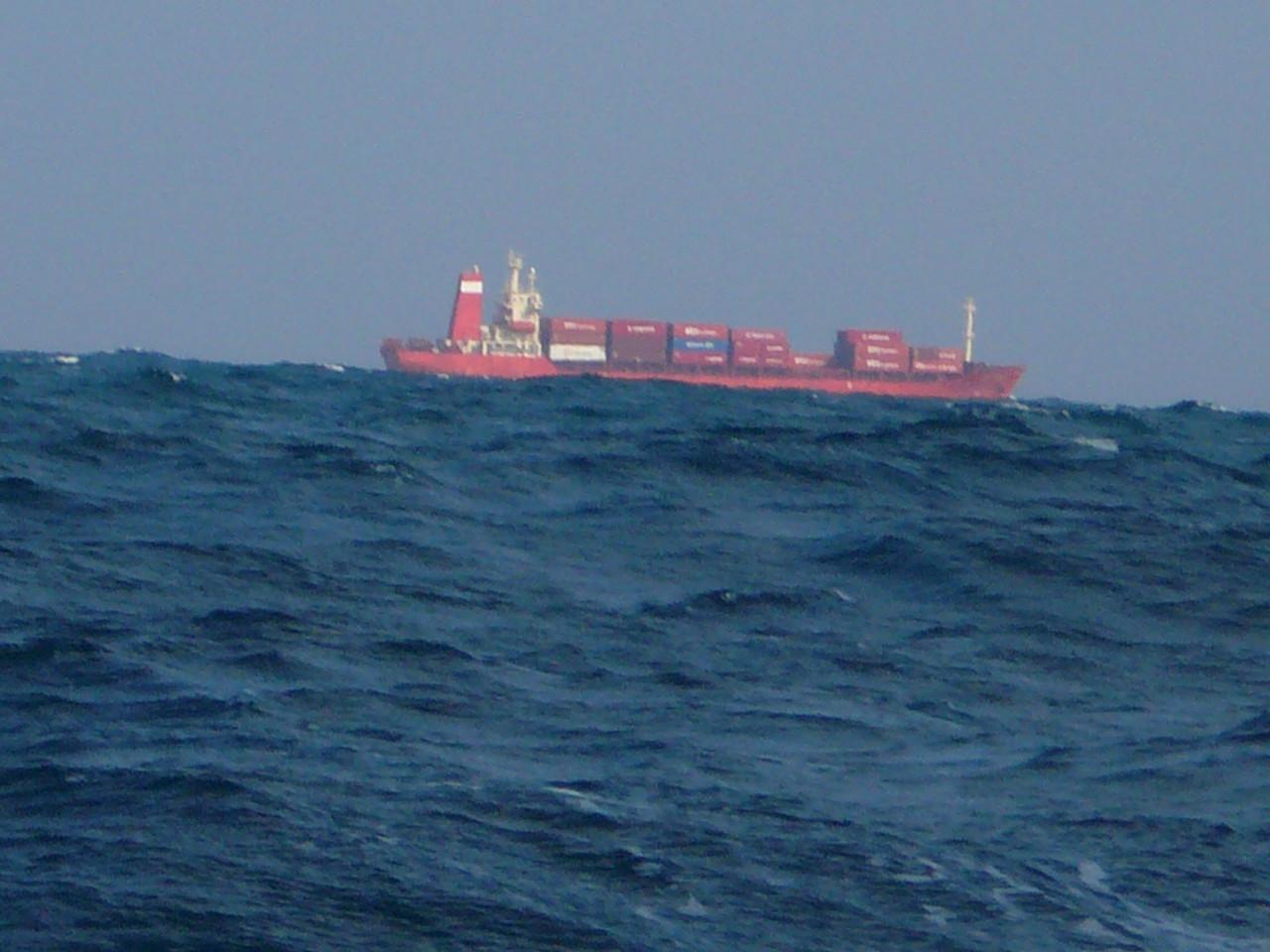 2014年1月6日12:37分満潮でもっと高くなる 釣果悪いし帰港へ