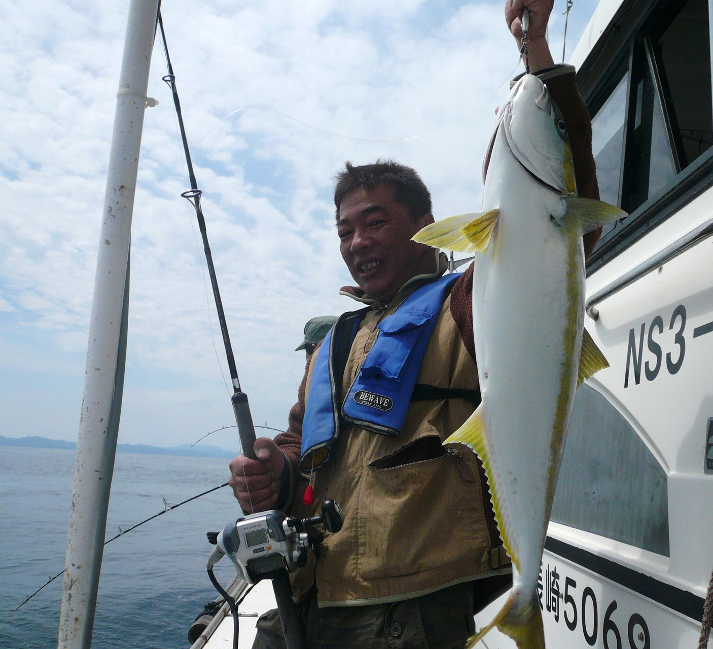 5月4日 バケモン(タイ釣り場)ポイント 有吉さん ヒラマサ いいサイズ