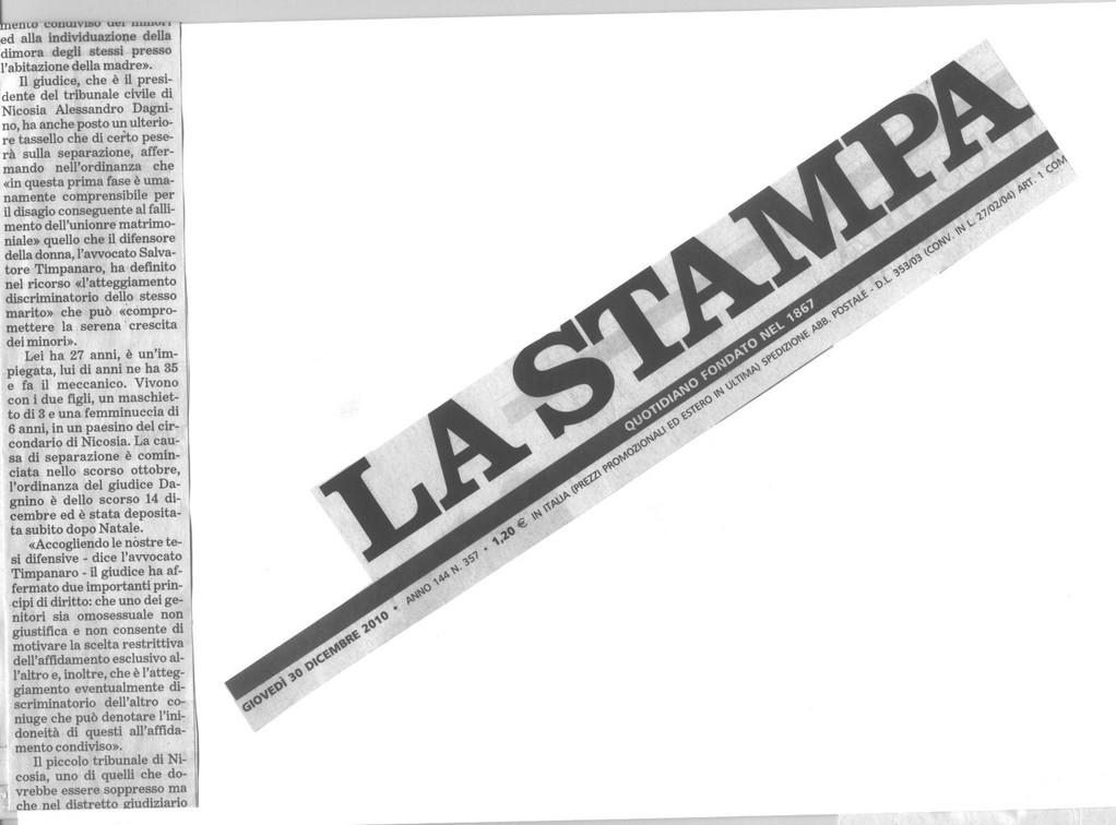 """LA STAMPA - 30 dicembre 2010 - continua articolo """"La mamma lesbica può tenere i figli""""."""