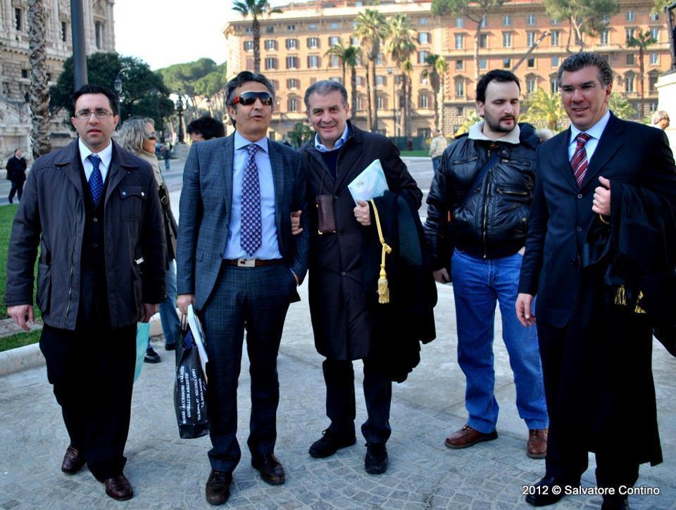 Arrivo in Piazza Cavour, 15 marzo 2012