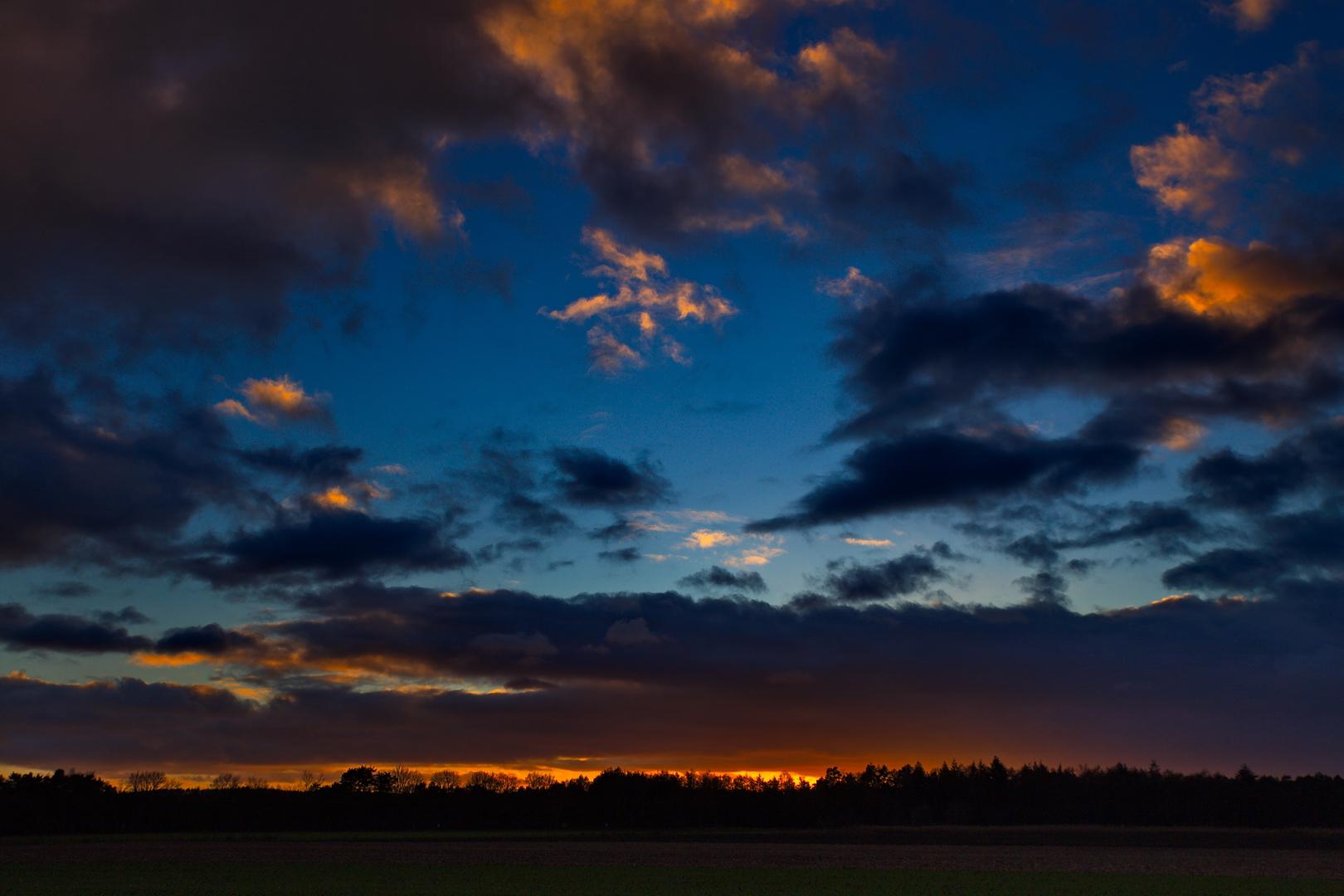 Und wieder Sonnenuntergang in Merfeld, Dezember 2020.