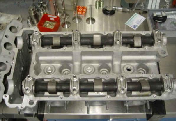 Komplettierung Zylinderkopf