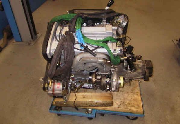 Motor bereit zur Montage ins Fahrzeug