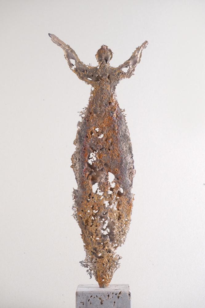 """Grosse Tauresse 2015-2"" Bronze  Unikat  Höhe 41 cm mit Sockel, Gerold Jäggle"