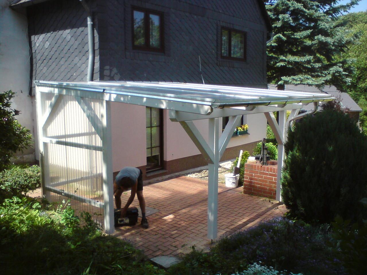 Terrassenüberdachung mit Seitenverkleidung