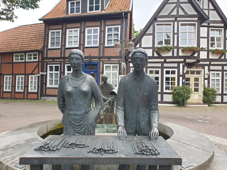Spargelbrunnen Nienburg