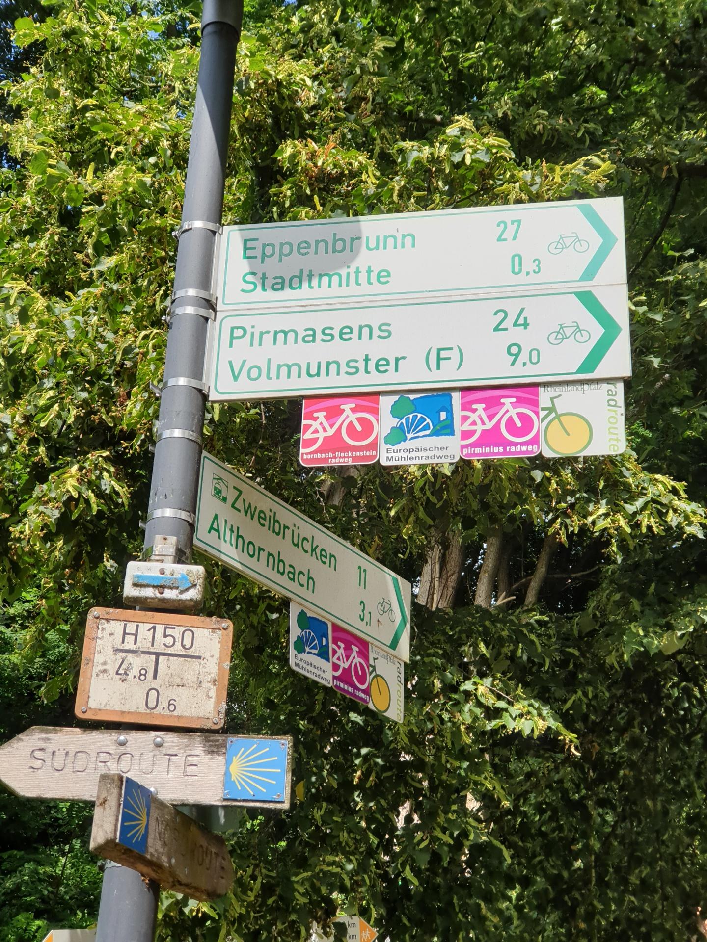 Wegweiser Rheinpfalz Radroute