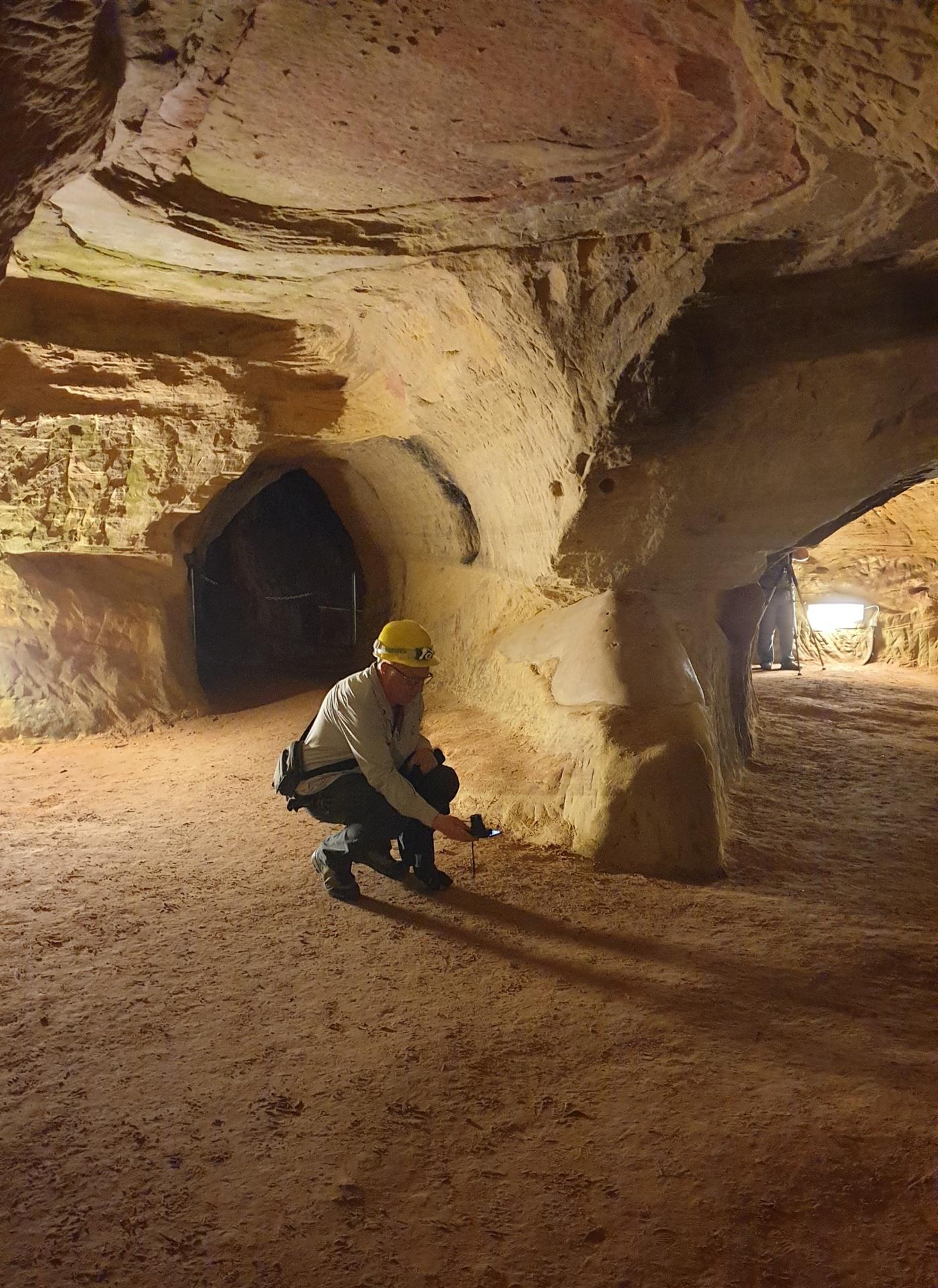 Schlossberghöhle