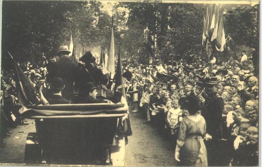 Visite du Président de la République Française en 1920 pour la remise de la Légion d'Honneur à la Ville de Liège