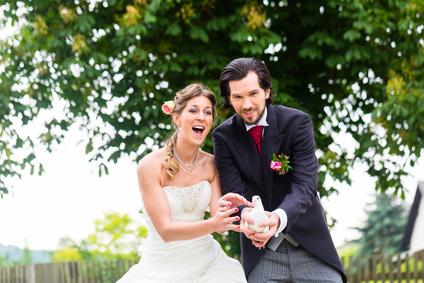 Hochzeitsfotograf für die Region in ganz Stuttgart, Bilder für Hochzeit mit dem Hochzeitsfotograf für besondere Bilder damit Ihnen etwas an Erinnerung Ihrer Hochzeitsfeier bleibt und Sie sich daran erfreuen können. Gönnen Sie sich den besten den es gibt