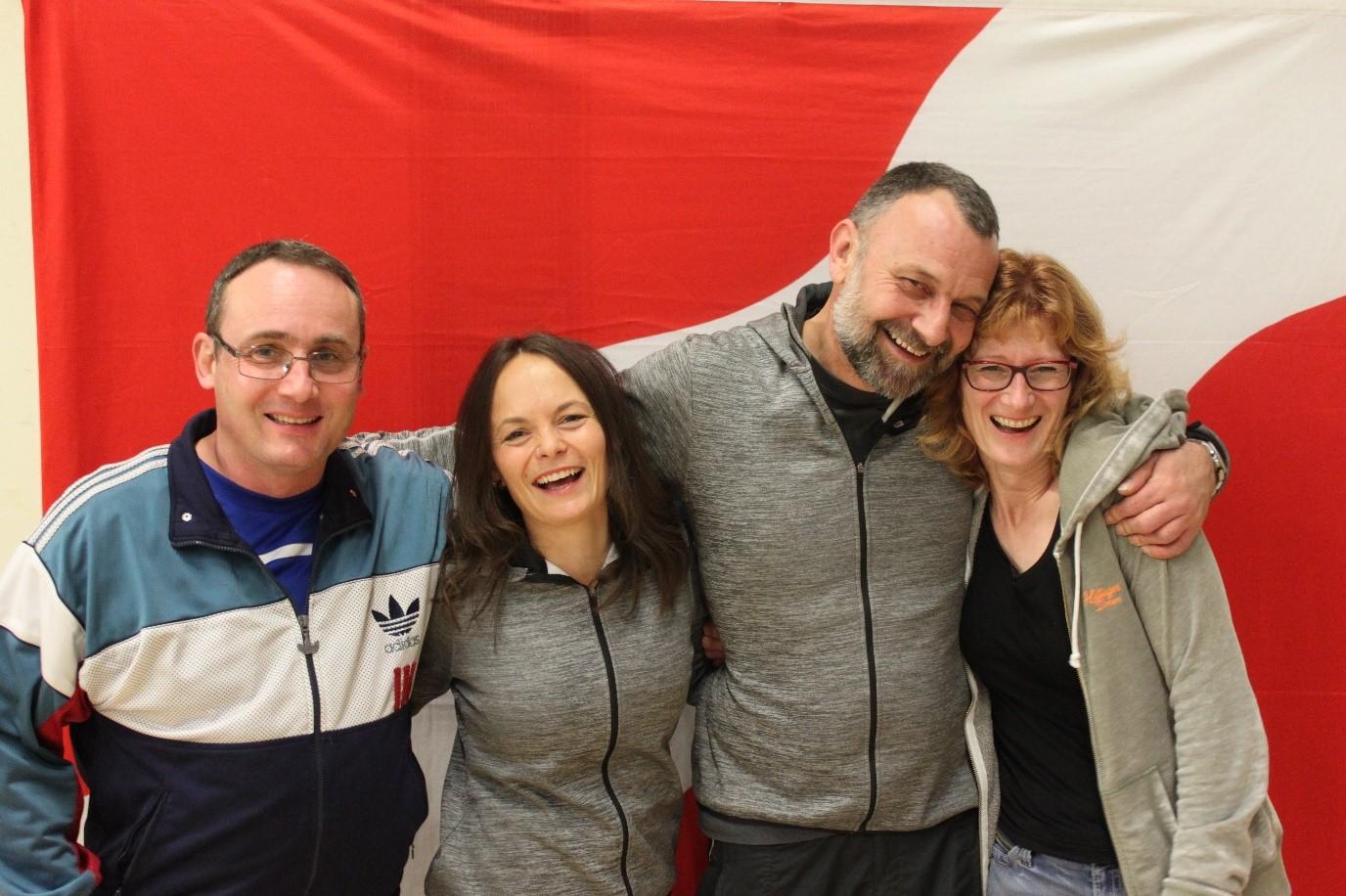 Alle Hauptleiter seit es das Getu Brittnau gibt: Matthias Frey, Sibylle Bienz und Marcel Echs, Sarah und Stefan (hier nicht auf dem Bild) Kälin