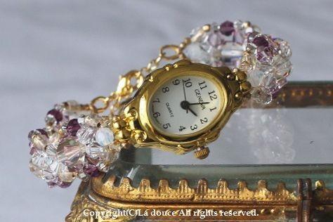 レアスワロフスキーの紫色ブレスウォッチ