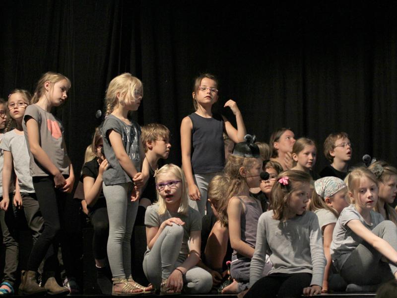 Foto: Spielszene Kinderliederprojekt »Schräge Vögel«, 2015