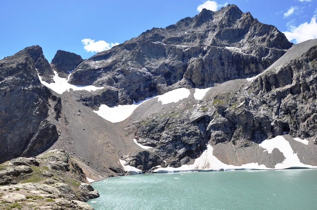 Lac de l'eychauda. 2516 mètres d'altitude.