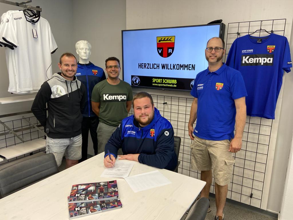 TV Reichenbach unterzeichnet Ausrüstervertrag mit World of Teamsport/Sport Schwab und Kempa