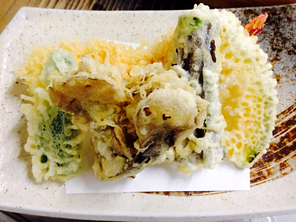 Tempura (large shrimp, pumpkin, eggplant, maitake, green pepper)