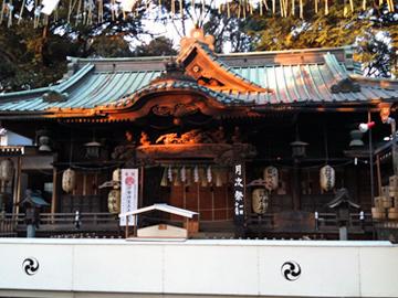 調神社 社殿