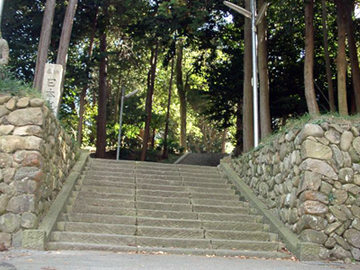 草薙神社 参道