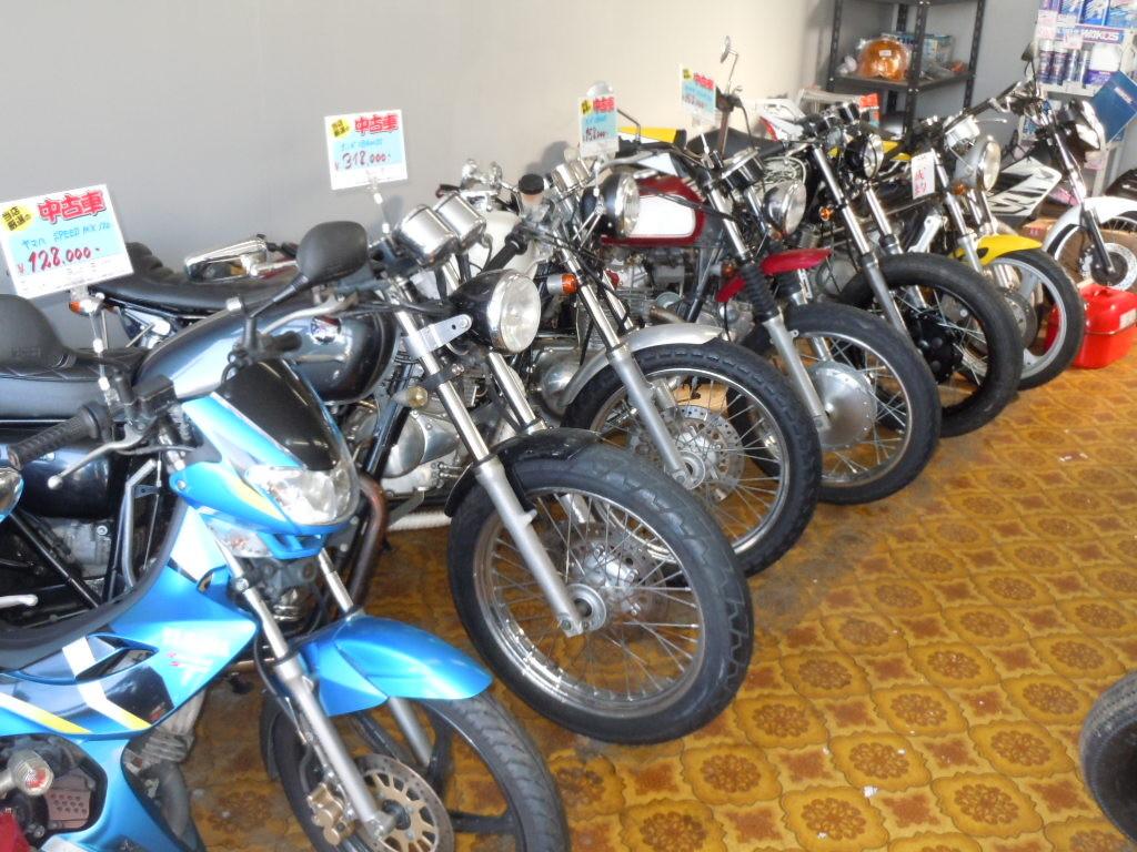 シングル&ツインカスタム車多数在庫♪タイバイク好きで在庫しています!当店の原付ツーリングは熱いです♪