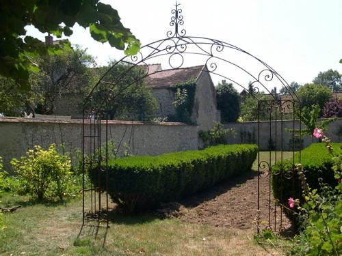 Arceaux ferronnerie d 39 art for Arceaux de jardin