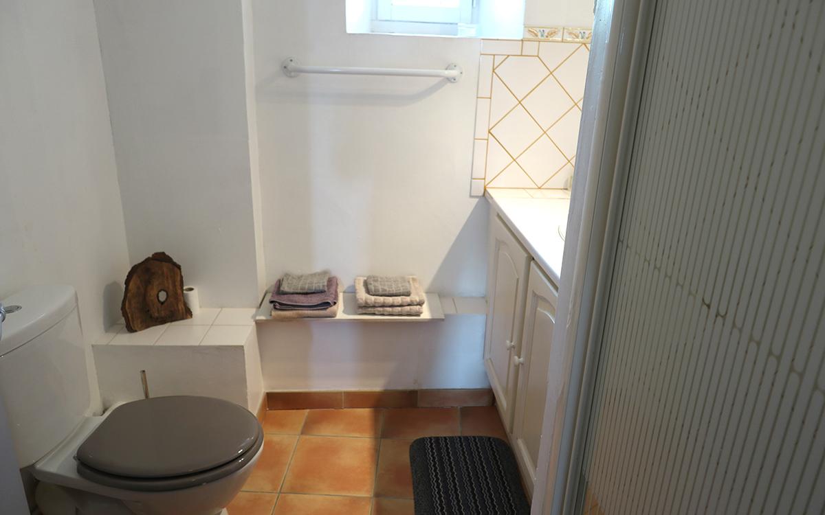 Salle de bain 2 - WC Etage 1