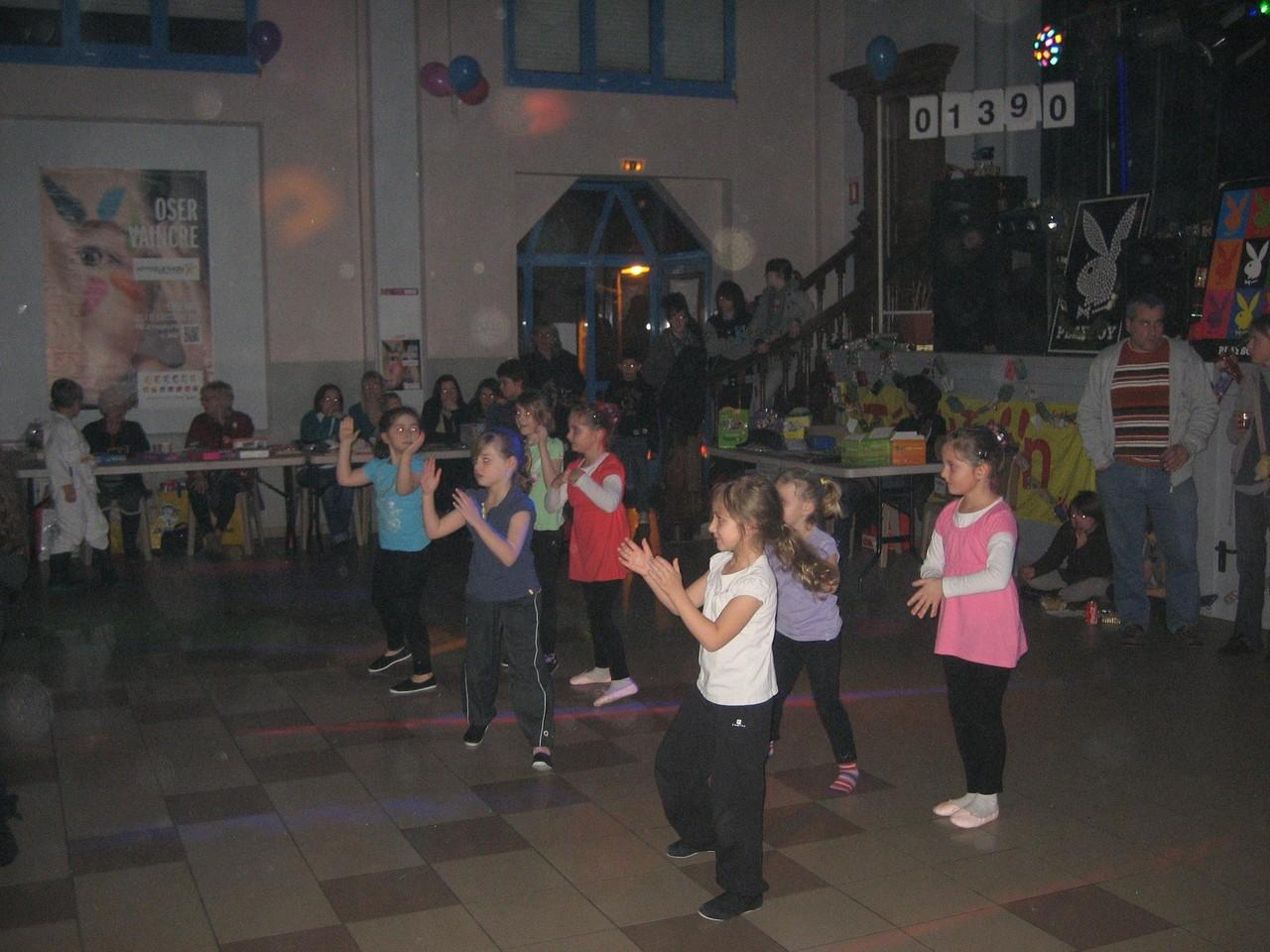 Les danseuses de l'association Let's Dance