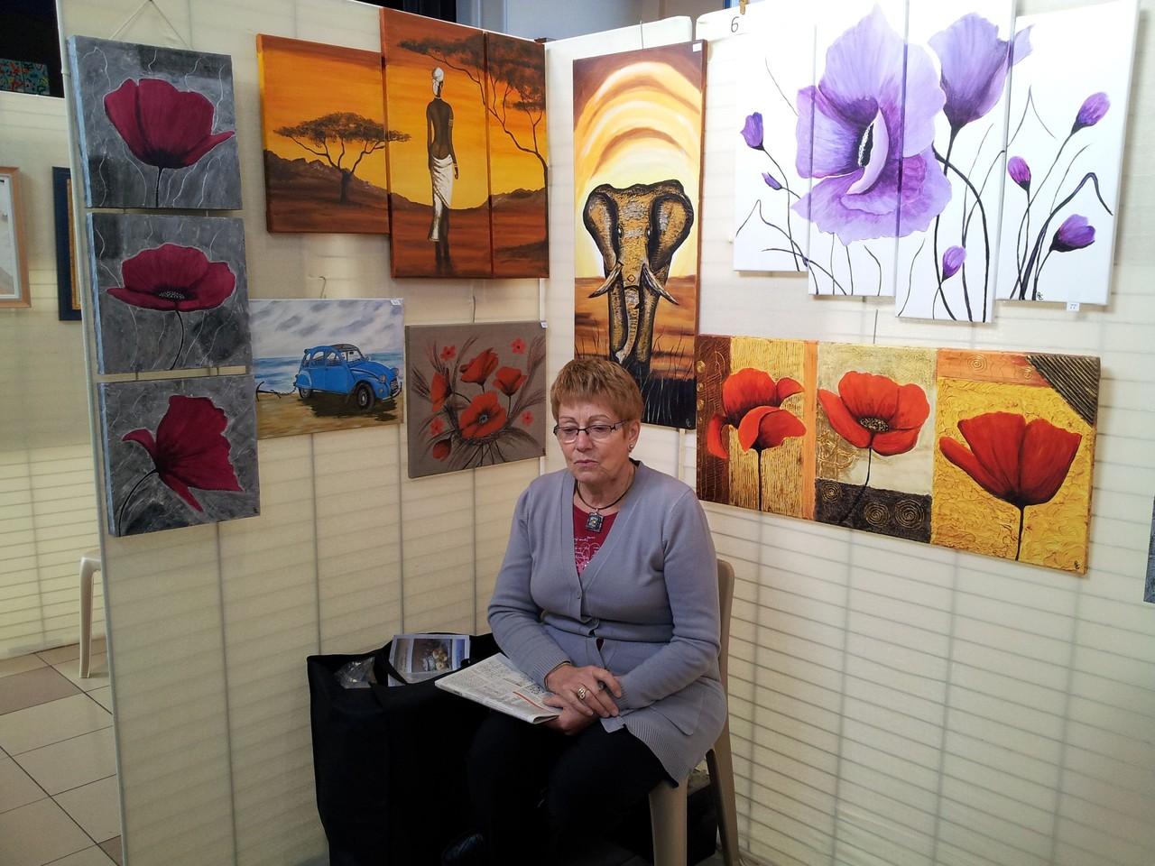 Madame Rolande Cousin et ses tableaux