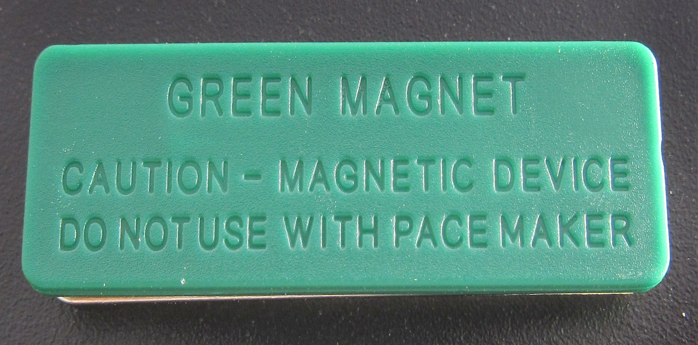 broche magnetico zoom