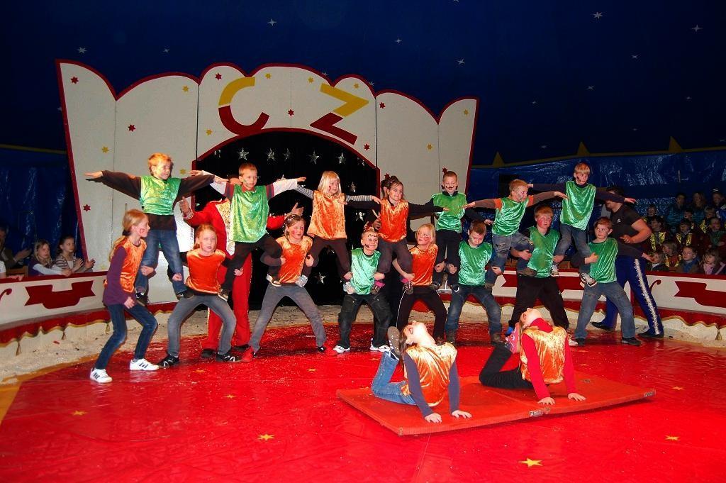 Zirkusprojekte fördern - Mitmachzirkus Zaretti 2009
