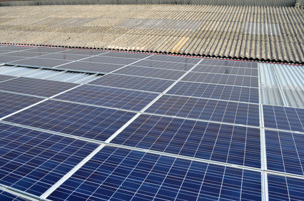 (c) copyright Paowow - fotolia.com | Photovoltaikanlagen in Hohenwestedt, Zimmerei Töfflinger