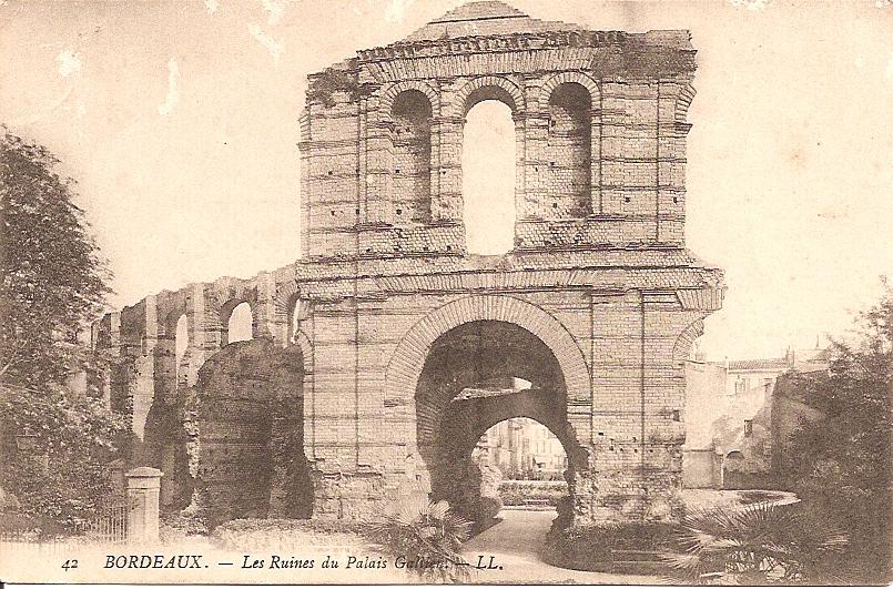 Les ruines du Palais Galien