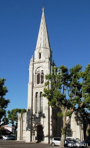 église Saint Vincent à Arès