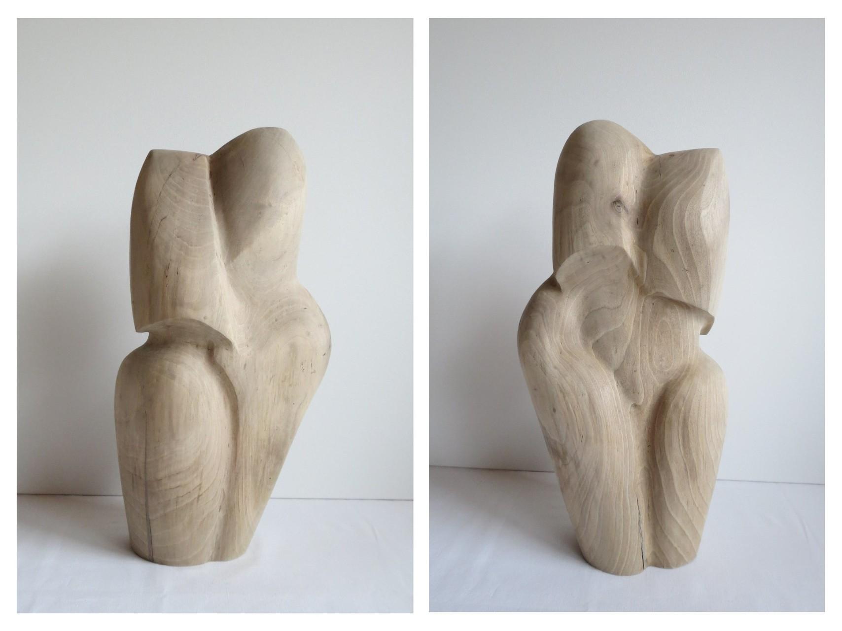 Nussbaum, H 56 cm, T 20 cm, B 26 cm, 2010
