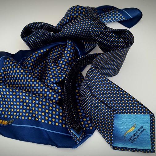 Custom made dames sjaal met logo laten maken
