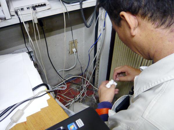 求人募集(工事技術者・通信工)してる新潟市の電気通信設備会社の作業写真2