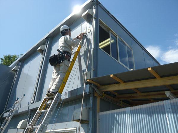 求人募集(工事技術者・通信工)してる新潟市の電気通信設備会社の作業写真1
