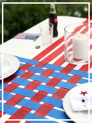 tafeldecoratie, bbq decoratie, feestidee, blauw en rood, lintjes