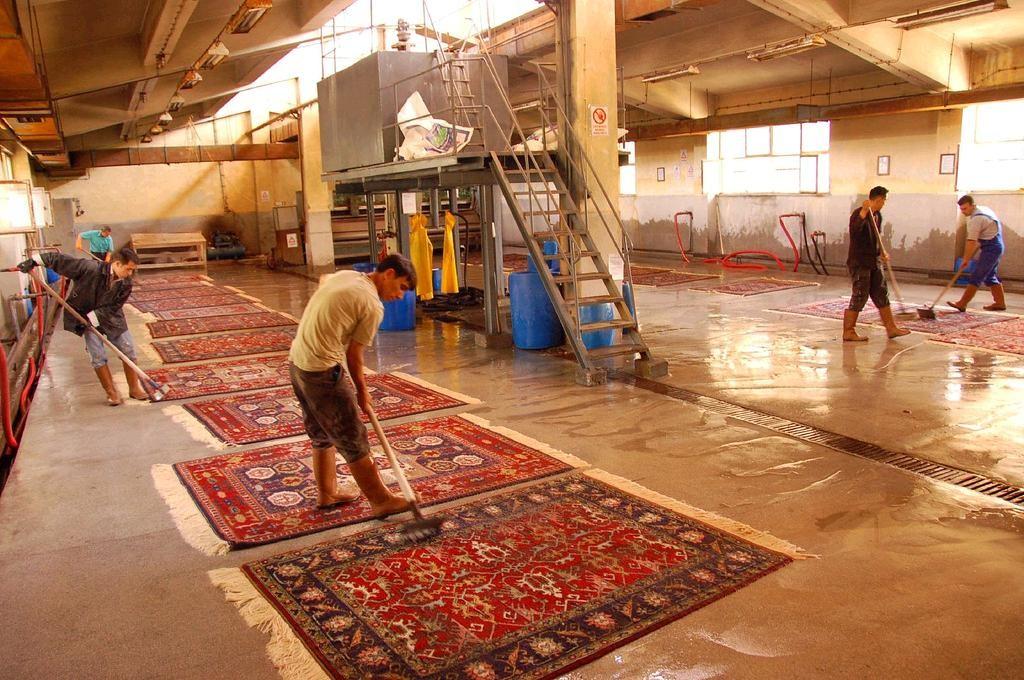 Teppichwäsche: Nach traditioneller persischer Art,