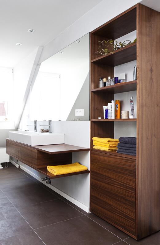 Badezimmer, Waschtisch, Nussbaum, Massanfertigung