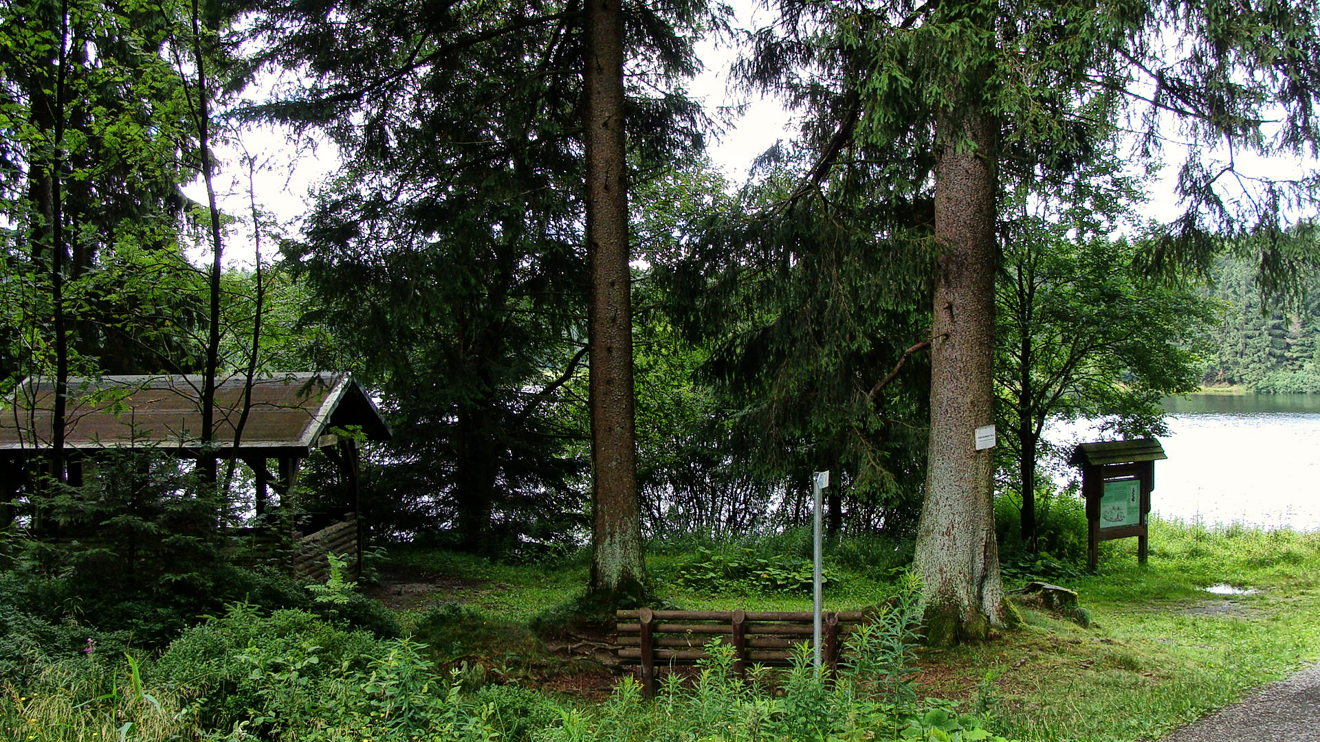 HWN 127 Weppner-Hütte am Jägersbleeker Teich