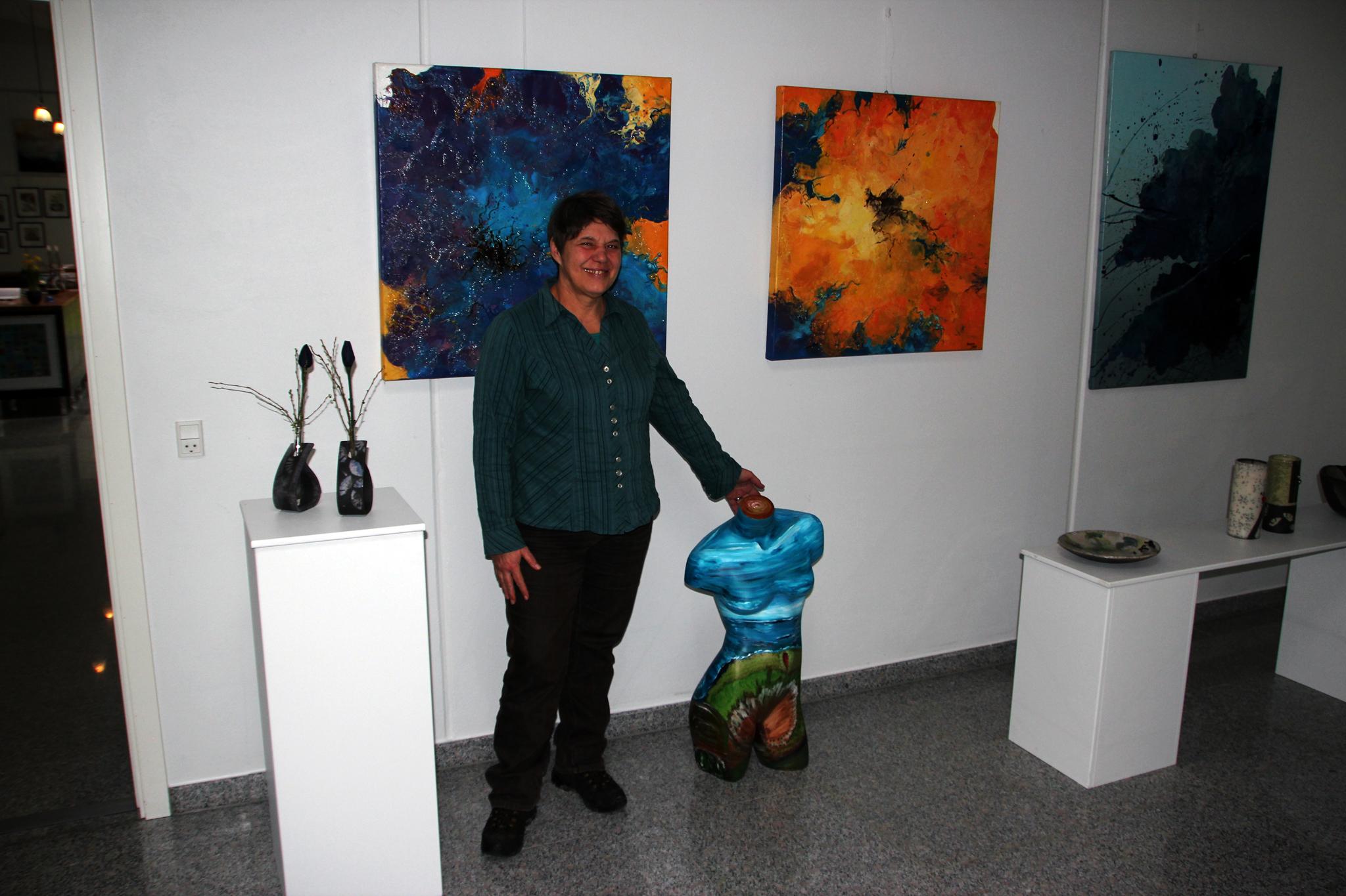 Die Künstlerin mit Korpus